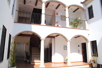 Book directly at Esencia Apartments in Cordoba. Without intermediaries, direct contact with the establishment.